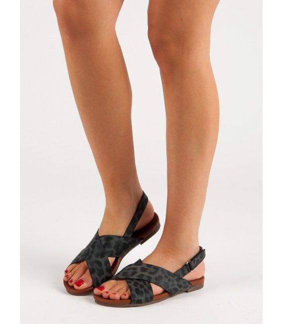 Sandále so vzorom