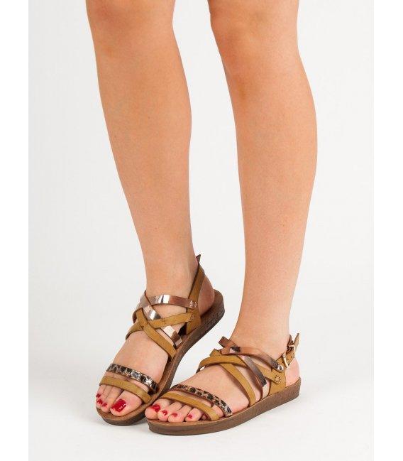 Módne hnedé sandálky