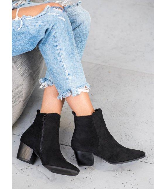 Štýlové topánky so špičkou