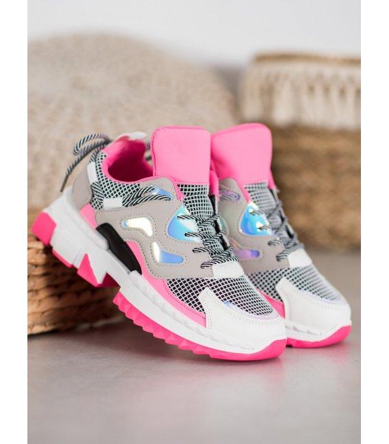 Štýlové sneakersy s holo efektom
