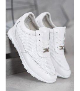 Lesklé sneakersy z kože