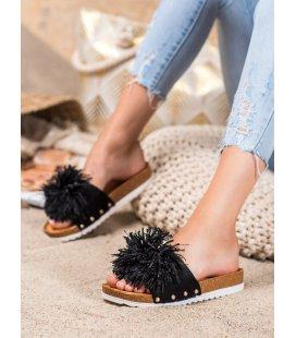 Štýlové čierne šľapky