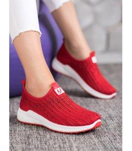 Červené topánky s kryštálmi