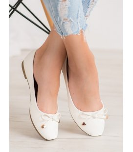 Klasické biele baleríny