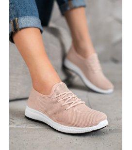 Pohodlné topánky na platforme