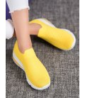 Žlté sneakersy