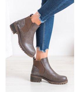 Nazúvacie topánky na stĺpcovom podpätku