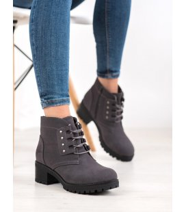 Členkové topánky na šnurovanie