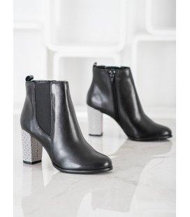 Klasické členkové topánky z kože