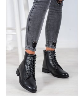 Čierne šnurovacie členkové topánky