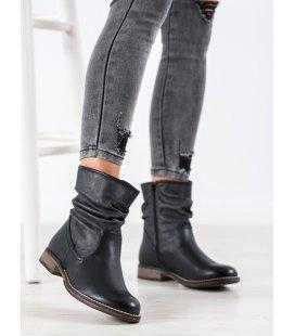 Zateplené členkové topánky na plochom podpätku