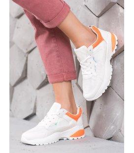 Sneakersy s oranžovými detailami