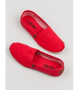 Klasické červené slipony