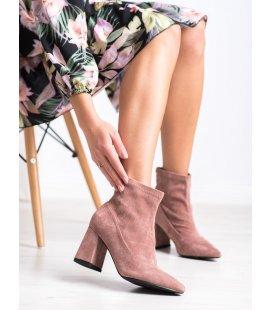 Špicaté topánky