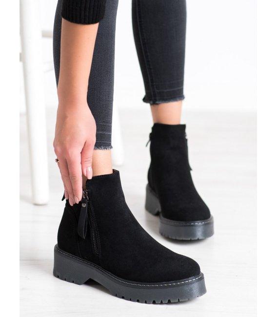 Semišové členkové topánky na platforme