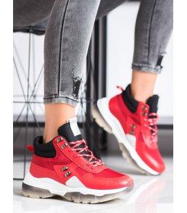 Červené módne tenisky