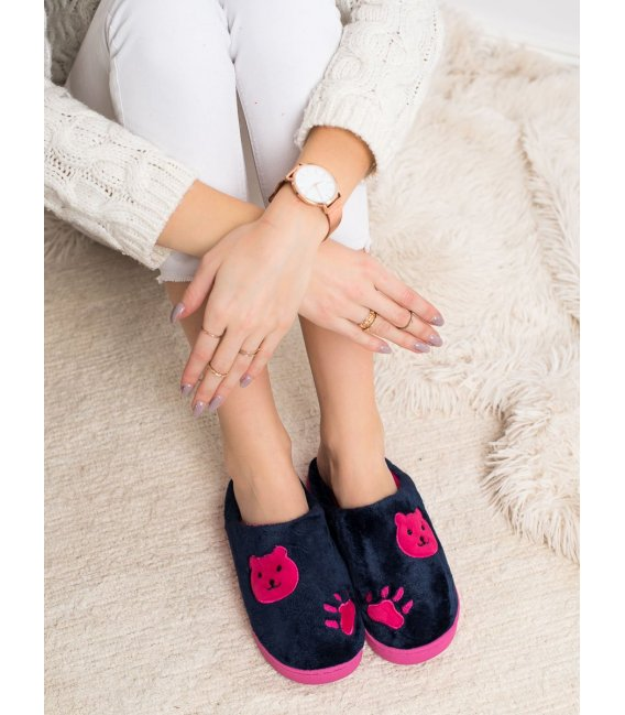 Hrejivé nazúvacie papuče