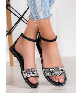 Pohodlné sandálky s hadím vzorom