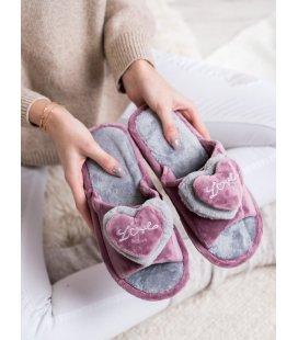 Zateplené papuče so srdiečkom