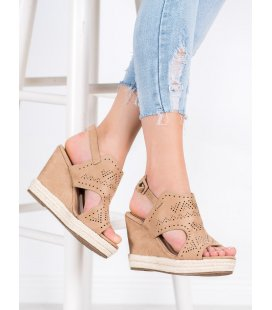 Dierkované topánky na kline