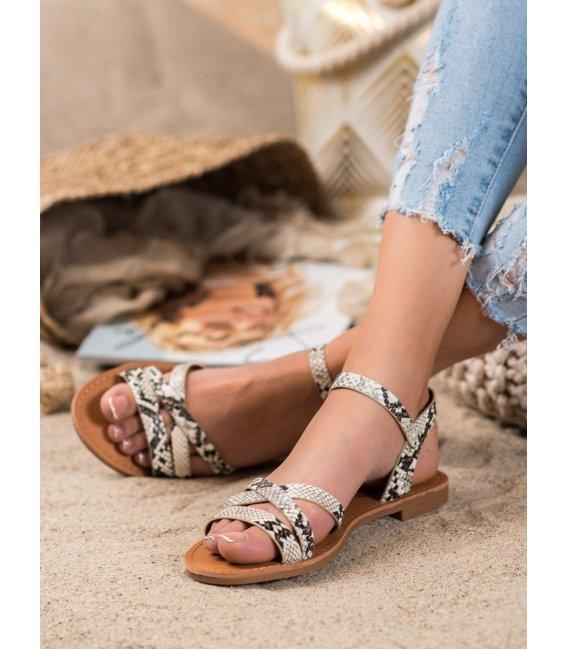 Sandalky na plochom podpätku