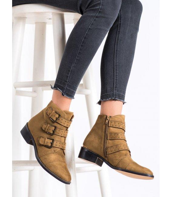 Hnedé členkové topánky s prackami