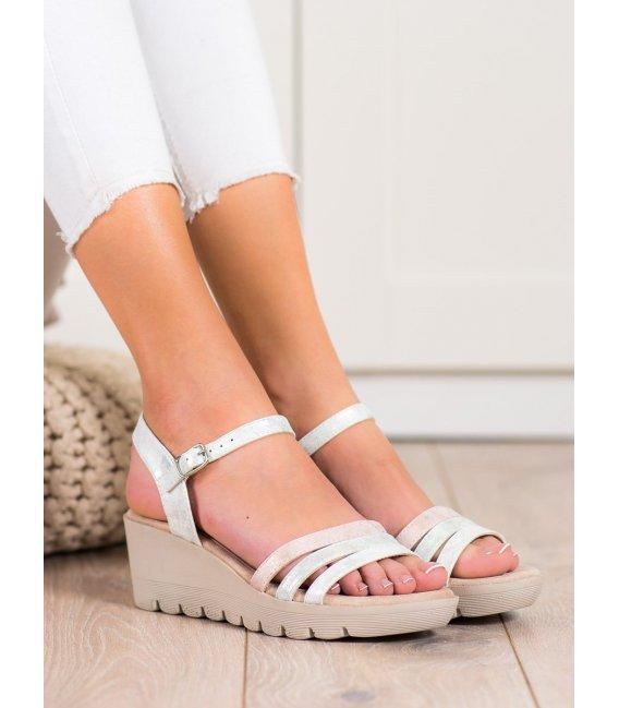 Sandálky na kline