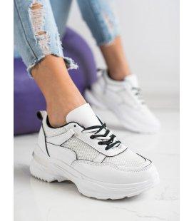 Pohodlné biele tenisky
