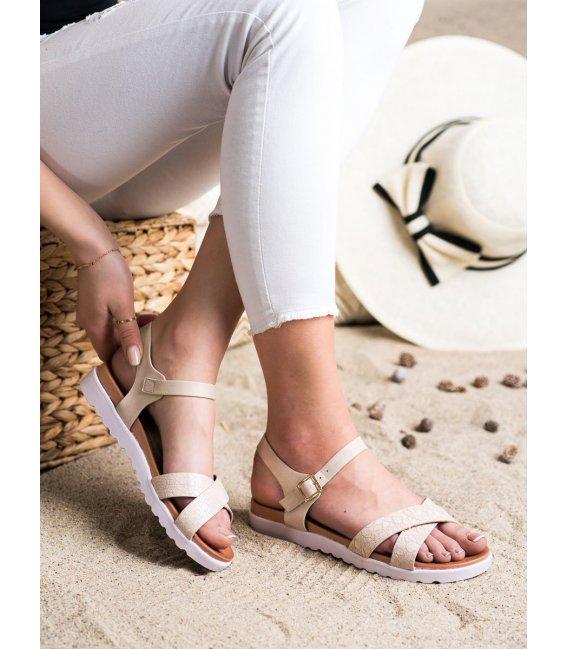 Béžové sandálky z eko kože
