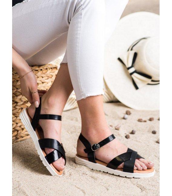 Klasické sandále z eko kože