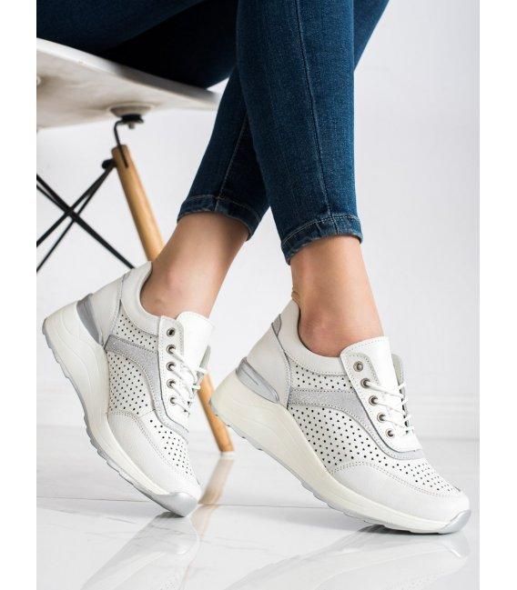 Kožené sneakersy s dierkovaným vzorom