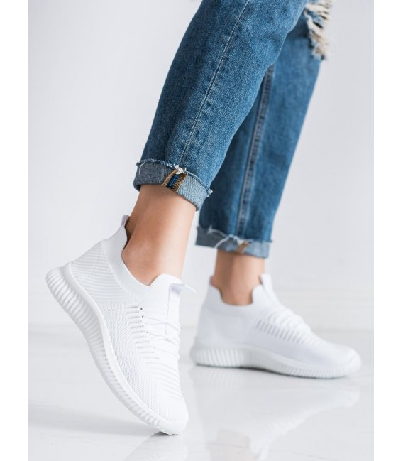 Biele sneakersy McKeylor