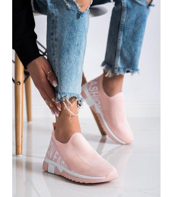 Nazúvacie sneakersy Fashion