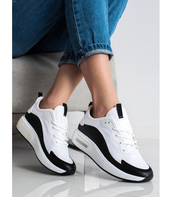 Športové sneakersy na platforme