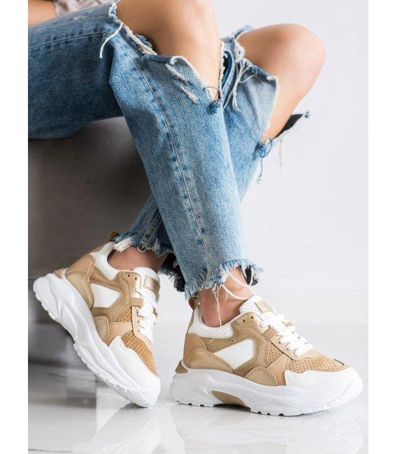 Farebné sneakersy