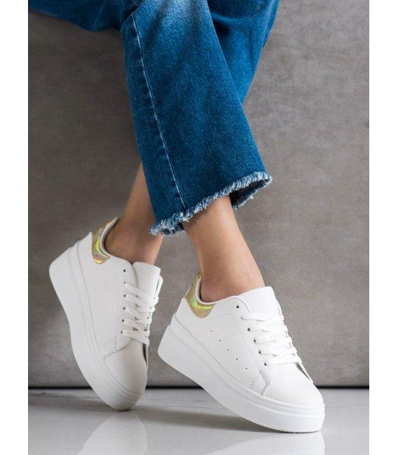 Pohodlné sneakersy
