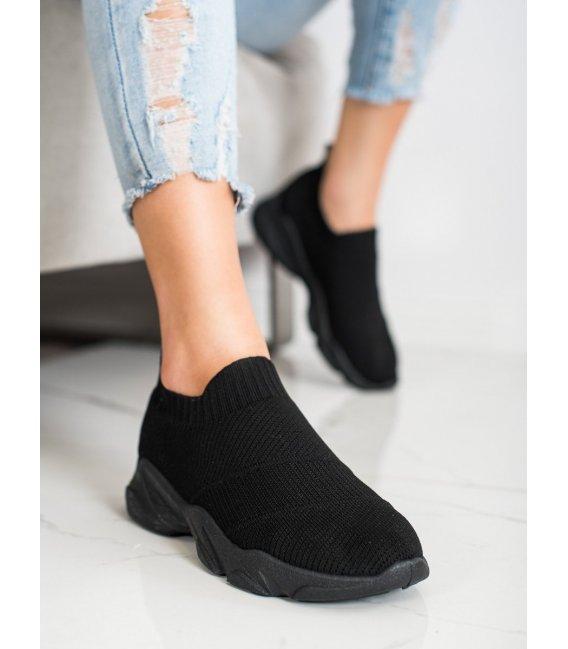 Pohodlné nazúvacie topánky