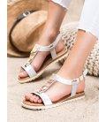 Biele sandálky s ozdobami