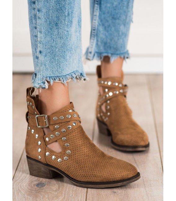 Dierkované členkové topánky s prackami