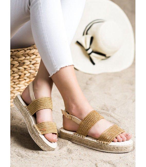 Pletené sandálky na platforme