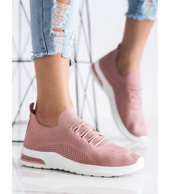 Ružové športové topánky