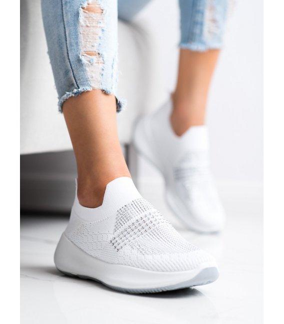 Biele sneakersy s kryštálmi