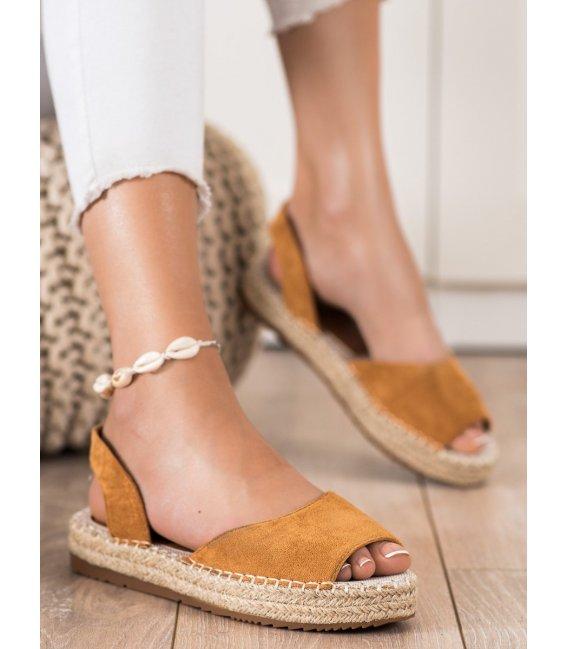 Nazúvacie sandálky espadrilky