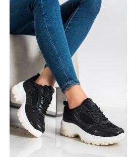 Čierne sneakersy so sieťkou