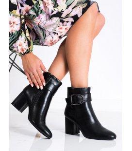 Klasické členkové topánky s prackou