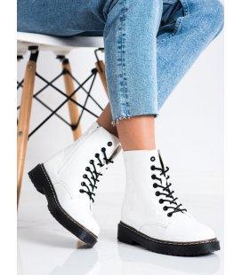 Módne členkové biele topánky