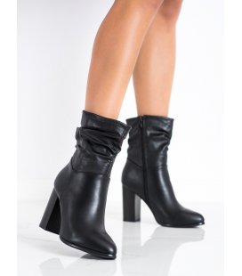 Vysoké členkové topánky so skrčeným zvrškom