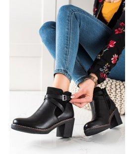 Casual čierne členkové topánky