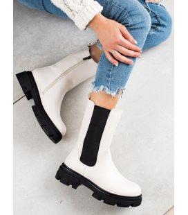 Biele vysoké topánky